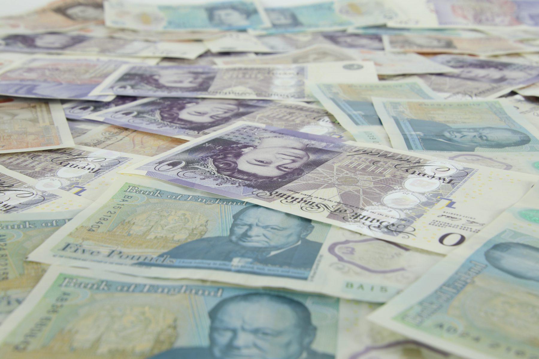 image of UK banknotes